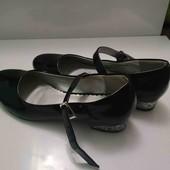 Туфли лаковые для уроков танцев. Размер 36.