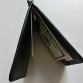 Унисекс !Купюрница-зажим и много кармашек.черный.Удобно и практично.