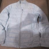 Легкая курточка Oodji. Размер M. Теплая весна.