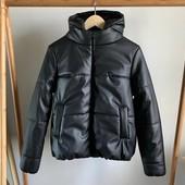 Модная куртка из турецкой эко кожи с капюшоном + синтепон
