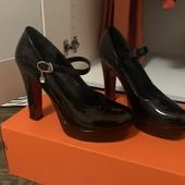 Классные туфли -39 рр