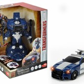Робот трансформер полиция, свет и музыка the last knight robot fighter barricade Dickie Toys