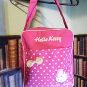 Малиновая сумочка Hello Kitty, вместительная, легкая