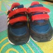 кроссовки Adidas originals, размер 25.