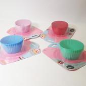 Формы, формочки набор силиконовые для выпечки кексов, морфинов 6 штук
