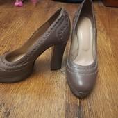 дорогие кожаные туфли в очень хорошем состоянии. В офис самое то!
