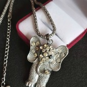 Колье в виде слоника с фианитиками, вместе с цепочкой