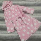 Нежно розовый мягусенький флисовый халат на девочку 4-5 лет