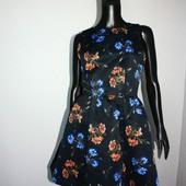 Качество! Стильное платье/интересная спинка от Zara, в новом состоянии