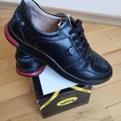 повністю шкіряні кросівки 44 р шт/інші моделі в моїх лотах!