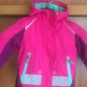 Куртка, весна, внутри флис, размер 3 года 98 см. White series Rodeo.. состояние отличное