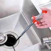 Трос со щипцами для чистки канализации