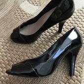 Туфлі відкриті розмір 38 стелька 24 см