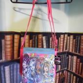 Розовая сумка Школа Монстров.
