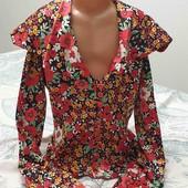 Красивая атласная блузка S-M