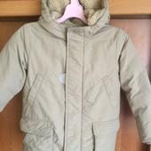 Куртка. холодная весна, р. 5-6 лет 110-116 см, Uniqlo. состояние отличное