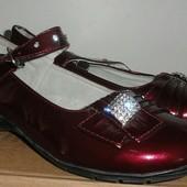 Туфли бордо размер 35- длина по стельке 22 см