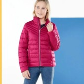 Германия!!! Стеганая демисезонная куртка, курточка для девочки! Ягодка такая! 146 рост!