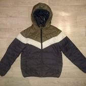 Демисезонная куртка на 10-11л,р.146