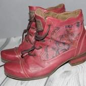 стильные кожанные ботинки, полусапоги Mustang, отличное качество кожи