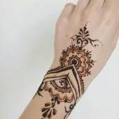 Индийская хна для росписи по телу в конусе.коричневая.1конус