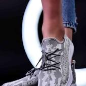 Стильные кроссовки Unisex. Большемерят. 25.5 см