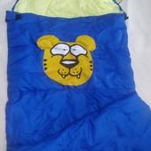 Яркий теплый детский спальный мешок