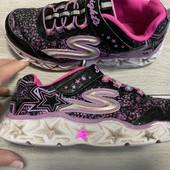Кроссовки Skechers с мигалками 34 размер стелька 22 см