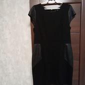 Фирменное красивое трикотажное платье с вставками в отличном состоянии р.16