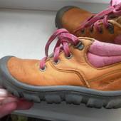 Демисезонные кожаные ботинки Quechua состояние очень хорошее