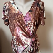 Гарна блузка в стані нової речі, 10% знижка на УП