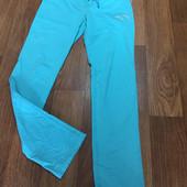 Спортивные штаны бирюзового цвета
