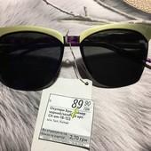 Новые стильные солнцезащитные молодежные очки, есть потертости