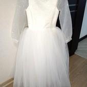 Нарядное очень красивое платье на девочку 110-122рост замеры на фото
