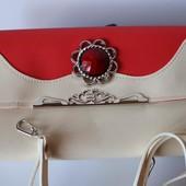 Красивая и яркая женская сумка кросс-боди