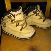 Классные кожаные ботинки для маленьких модников фирмы Firetrap,размер 19,состояние новых, УП скидка