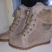 Невероятные!! Очень крутые ботиночки на зиму на танкетке!! Натур.кожа+Натур цигейка!! бежевые