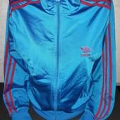 Спортивная кофта  Adidas молодежная очень классная!!!