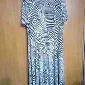 Женское платье на пышную даму,размер 62/64.