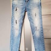 женские джинсы zara trafaluc , классное качество и бренд! рекомендую
