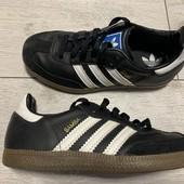 Кроссовки Adidas оригинал 33 размер стелька 20,5 см