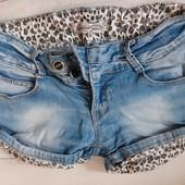 Продам джинсовые короткие шорты