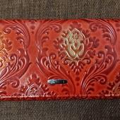 Кожаный кошелек на магнитах