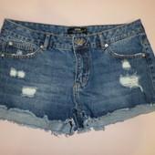Крутые джинсовые шорты -рванки с высокой посадкой,М.