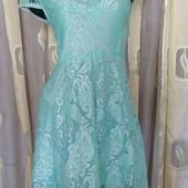 нежно голубое платье из кружева