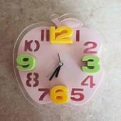 Годинник настенные часы будильник на батарейке яблоко розовое под apple