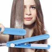 Утюжок для выпрямления волос в пластмассовом чехле