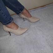 нові туфлі Bianco 38/39 .дуже зручні. шкіряна стелька