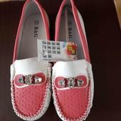 новые туфельки мокасины размер 35