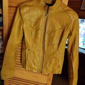 Куртка кожаная фирменная